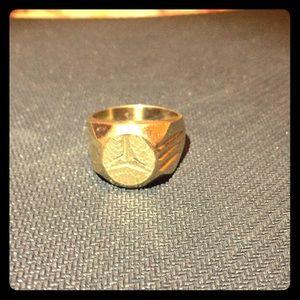 18K gold Mercedes Benz ring